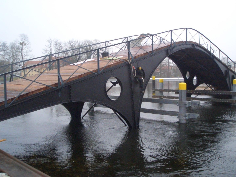 Bodenstrombrücke 001