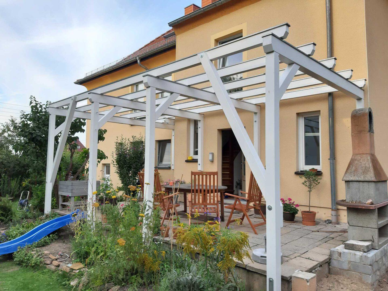 (3) pergola-über-terrasse