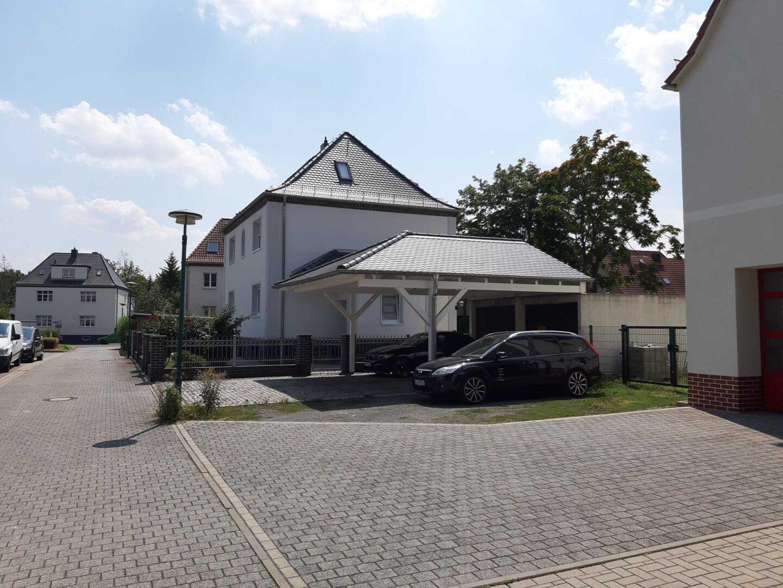 (4)Abgewalmtes-carport